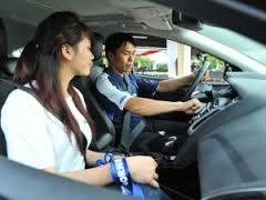 Tìm hiểu về học và thi sát hạch lái xe oto