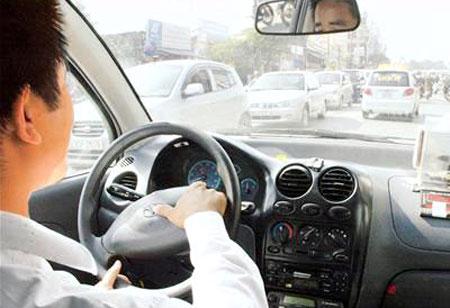 lái xe an toàn trong những ngày tết