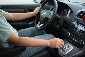 hướng dẫn lái xe oto số tự động
