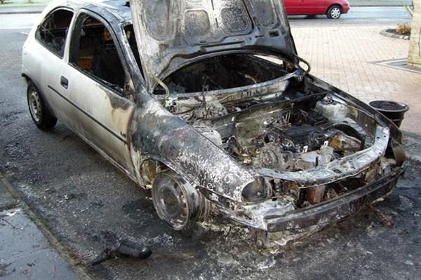 Cách phòng cháy cho xe oto trong những ngày nắng nóng