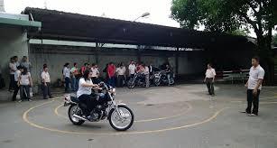 Học bằng lái xe máy A2